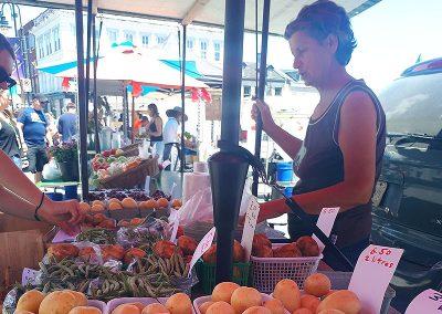 Vera's Veggies and Fruit